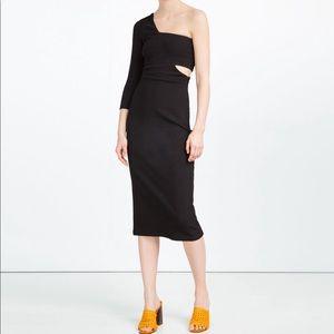 Zara size Small midi Asymmetric ribbed dress $75